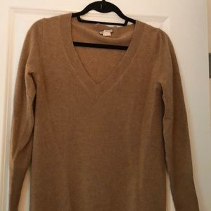 Tan Cashmere, v neck sweater